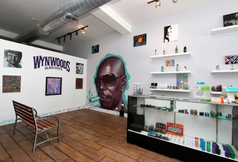 Wynwoods Glass & Vape