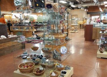 The Gold Mine Rock Shop | Rock/Gem/Sapphire/Amethyst/Quartz Shop in Ca�on City, CO