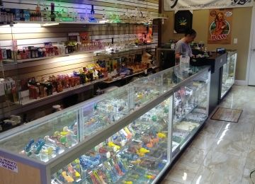 Glass n Go Smoke Shop