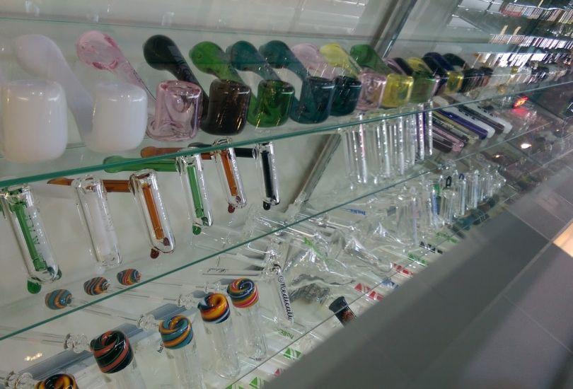 High Tide Smoke Shop