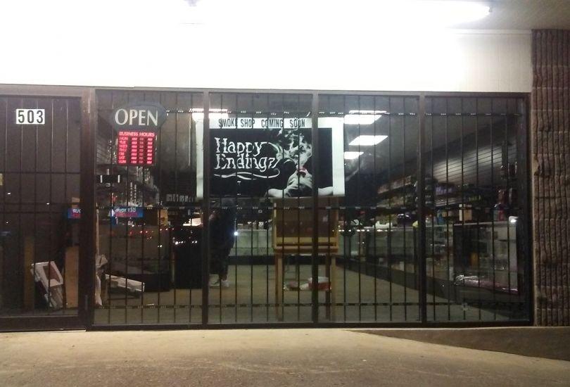 Happy Endingz smoke shop #2