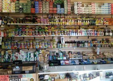 Dyer Smoke Shop
