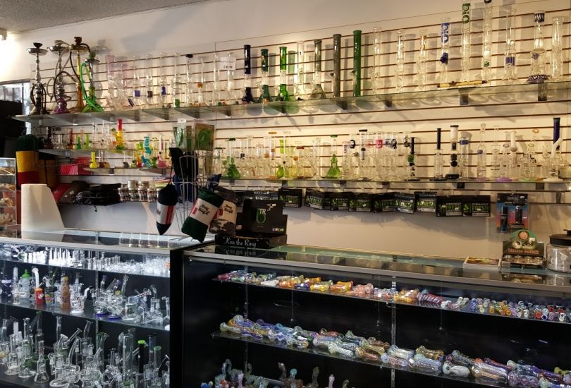LA Cloud Supply Smoke Shop