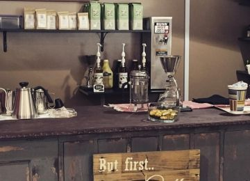 B&B's Vape Cafe