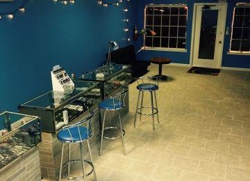 Spin Vapors Lounge