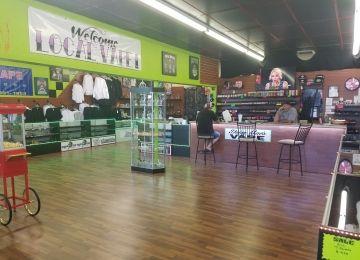 Daisy Mae's Vape Shop