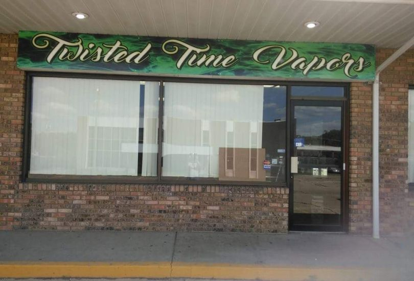 Twisted Time Vapors
