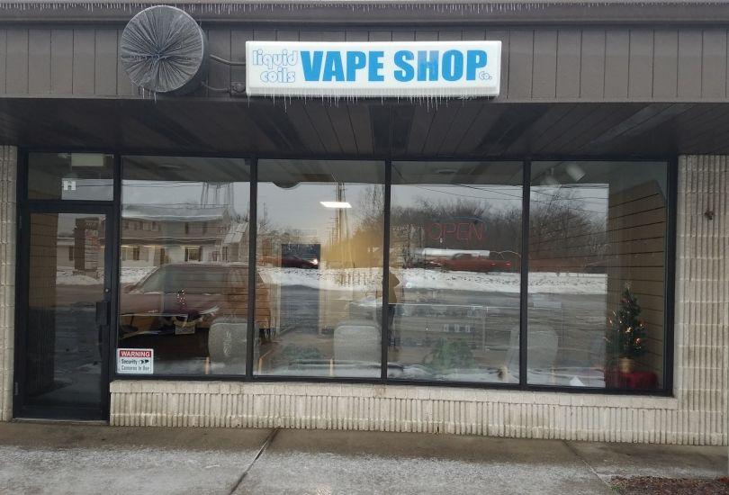 Liquid Coils Vape Shop Co  - Calcutta - 16761 St Clair Ave h