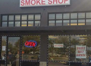 Vapor & Pipes Smoke Shop