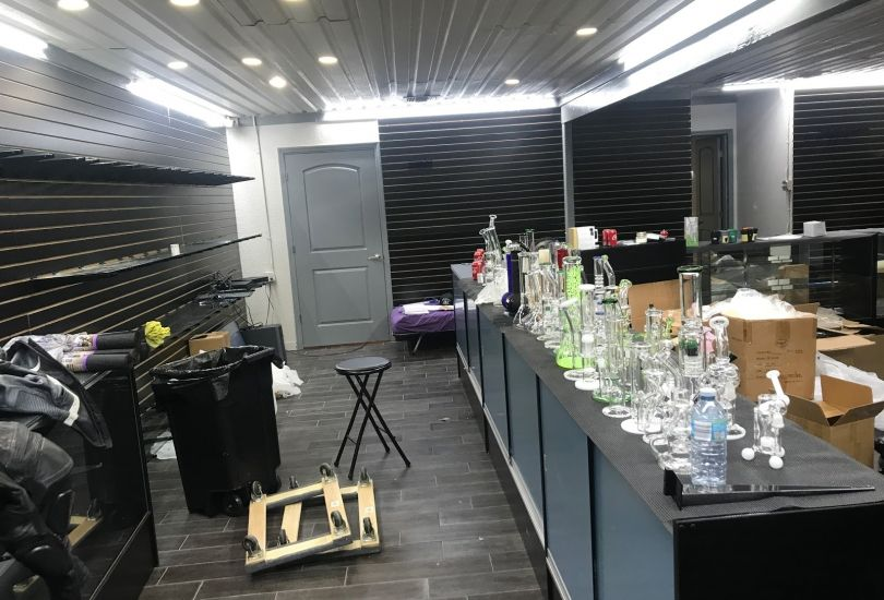 Degenerate Smoke N Vape Shop