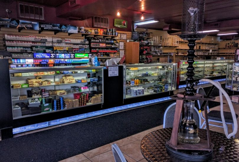 The Smoker's Den - 307 S Main St Normal, IL