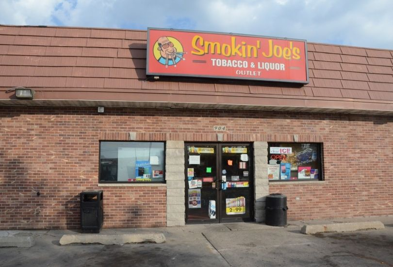 Smokin' Joe's Tobacco & Liquor Outlet #07