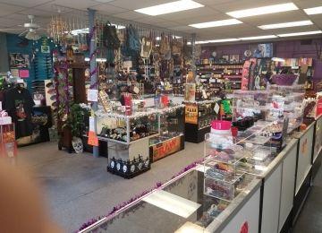 Unkl Ruckus's Smoking Emporium & Skate Shop