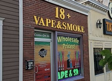 18 Plus Vape & Shop