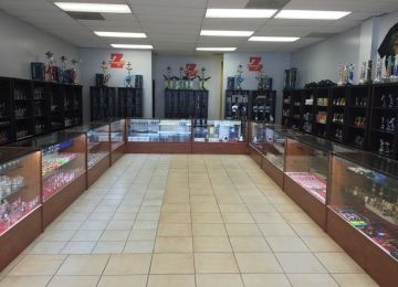 Smoke Tokz Head Shop KC