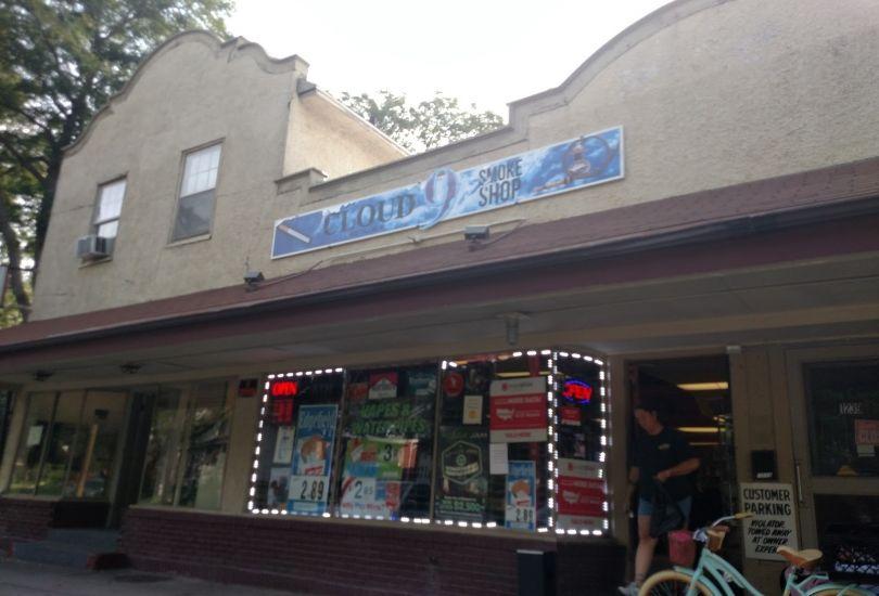 Cloud 9 Smoke Shop