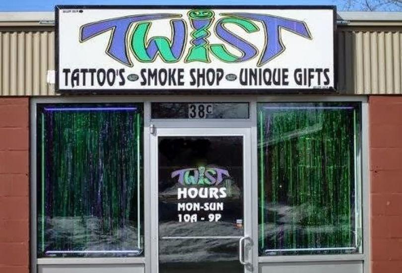 Twist Tattoo Body Piercing 38 E Hollis St C Nashua Nh
