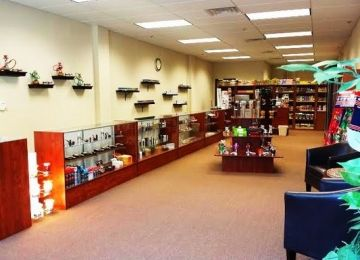United Zone Cigar and e cigarette Store / Tobacco Shop