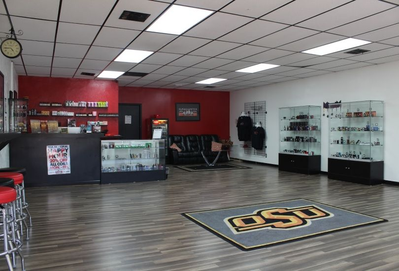 Juicy's Vapor Lounge Stillwater East